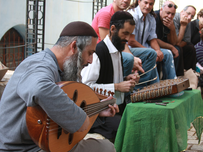 Enjoying spritual melodies in Tzfat