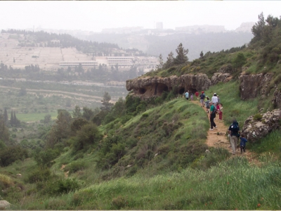 Hike in Nachal Chalalim outside Jerusalem
